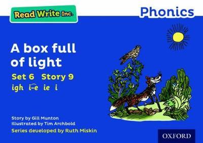 Read Write Inc. Phonics: Blue Set 6 Storybook 9 A Box Full of Light by Gill Munton