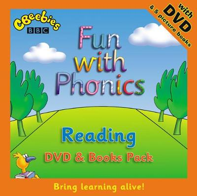 Learn at Home:Fun with Phonics: Reading Pack by