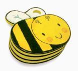 Clackety-Clacks: Bee by Luana Rinaldo