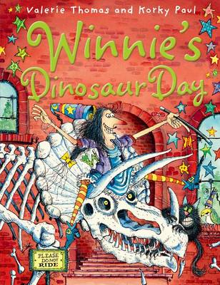 Winnie's Dinosaur Day by Valerie Thomas